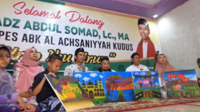 Ustaz Abdul Somad di Pesantren Anak Berkebutuhan Khusus Al Achsaniyyah, Kudus
