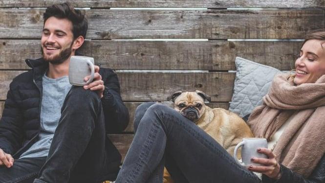5 Alasan Mengapa Seorang Pria Lebih Suka Wanita Yang Sederhana Dan Apa Adanya