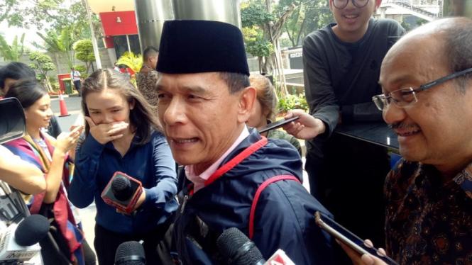 Mantan Anggota BPK Rizal Djalil diperiksa KPK