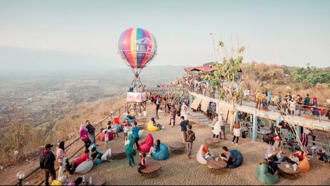 Balon Udara, Salah satu spot selfie di Heha Sky View, Image By IG : @hehaskyview