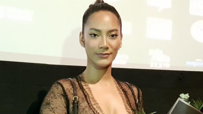 Tara Basro.