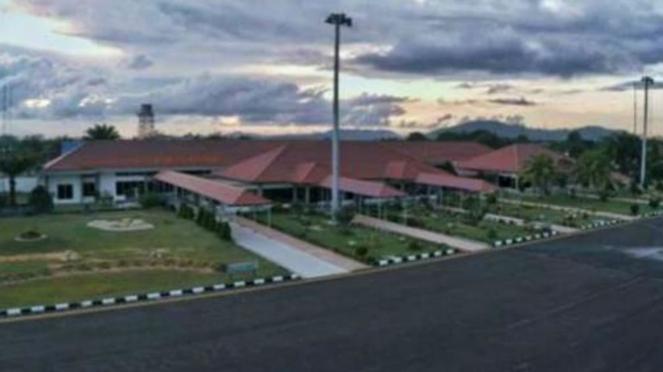 Bandara HAS Hanandjoeddin (Belitung)