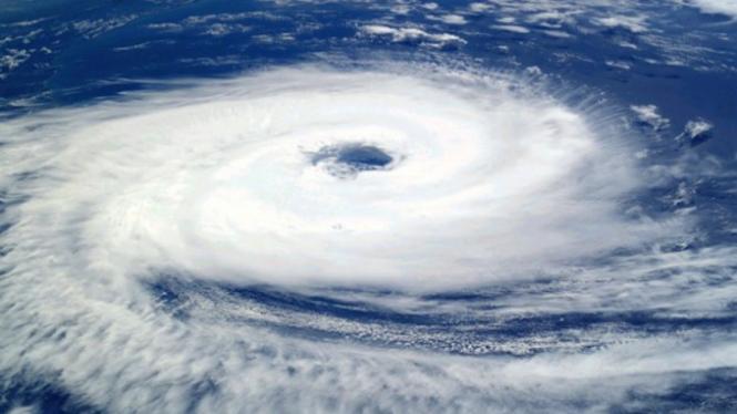 Ilustrasi badai/topan.