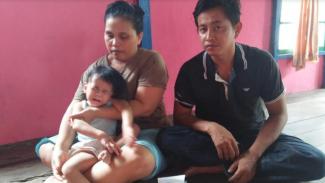 Aurelia Kirana bersama kedua orang tuanya