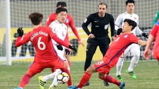 https://thumb.viva.co.id/media/frontend/thumbs3/2019/10/14/5da4068a59283-turki-mohammed-al-khudayr-saat-beraksi-memimpin-pertandingan_325_183.jpg