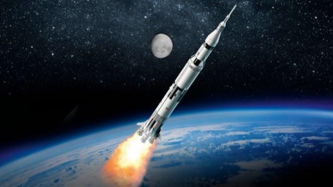 Roket ke luar angkasa.