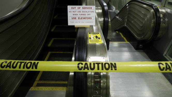 Elevator di Markas PBB berhenti beroperasi