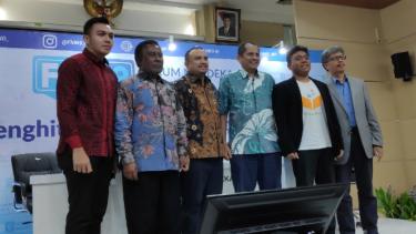 Konferensi pers BAKTI Kemkominfo