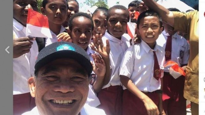 Hore! Program Digitalisasi Sekolah Masuk Papua