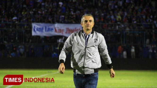 Pelatih Arema FC Milomir Seslija (Foto: Tria Adha/TIMES Indonesia)
