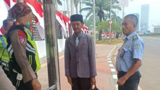 Pria asal Lamongan mengaku sebagai Presiden RI dan minta dilantik diamankan.