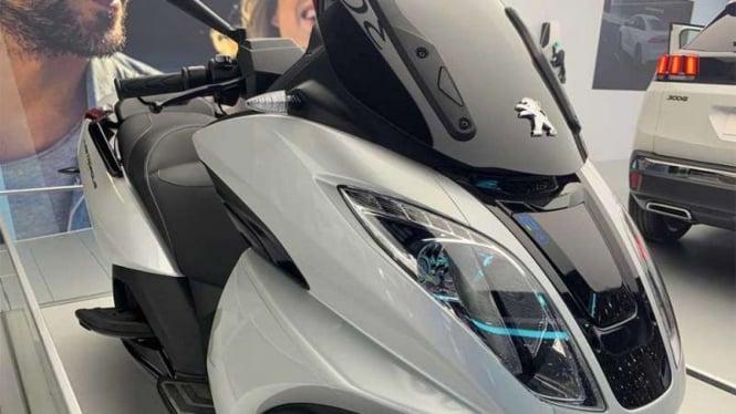 Sepeda motor listrik Peugeot e-Metropolis