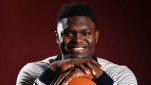 https://thumb.viva.co.id/media/frontend/thumbs3/2019/10/22/5dae30a330f13-zion-williamson-pemain-new-orleans-pelicans_151_85.jpg