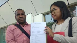 Pengibar bendera bintang kejora gugat Polda Metro Jaya