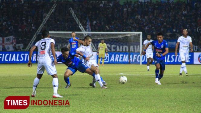 Pertandingan Arema Fc v PS TIRA Persikabo, (29/6/2019) lalu. (FOTO: Tria Adha/TIMES Indonesia)