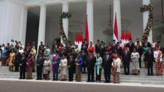 Foto bersama Kabinet Indonesia Maju Joko Widodo-Ma'ruf Amin