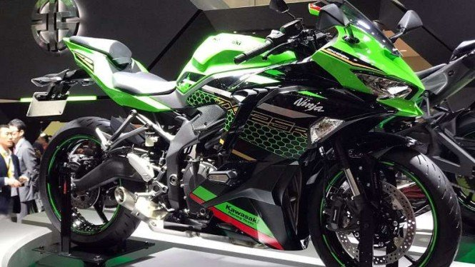 Kawasaki Ninja 250 empat silinder