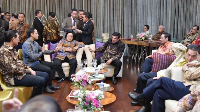 Suasana Akrab Calon Menteri Kabinet Indonesia Maju