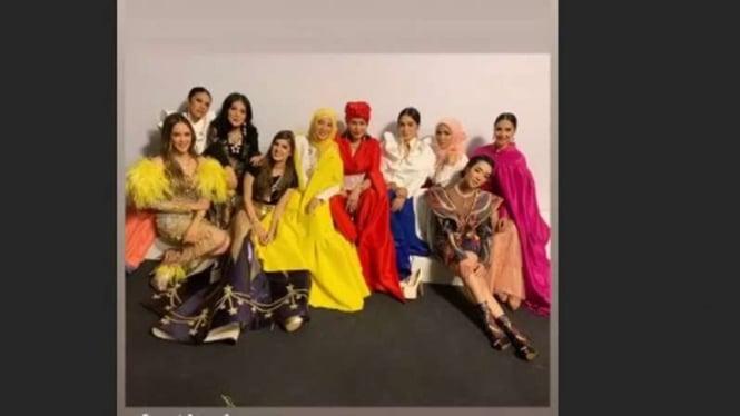 Bertabur bintang di Jakarta Fashion Week 2020