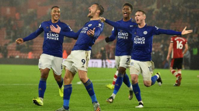 Striker Leicester City, Jamie Vardy, rayakan gol ke gawang Southampton