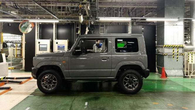 Suzuki Jimny di pabriknya di Suzuki Kosai Plant di Jepang