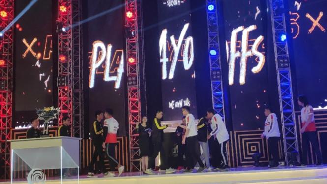Grand final Mobile Legends: Bang Bang Profesional League Season 4