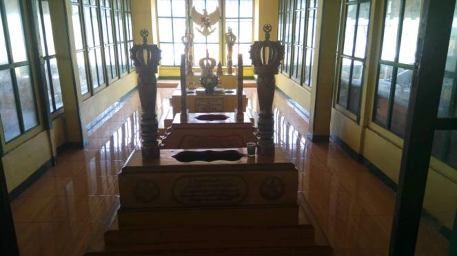 Makam Sultan Syarif Abdurrahman Qadri.