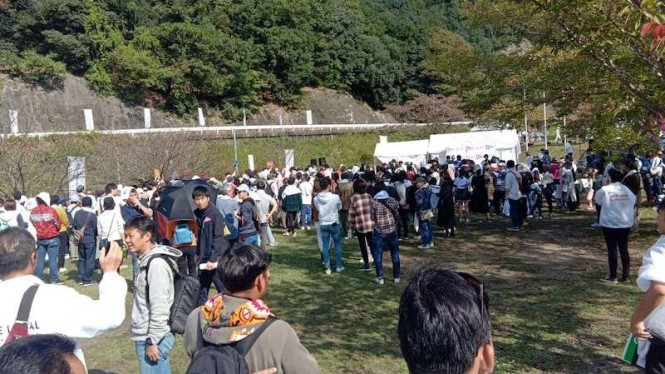 Suasana customer gathering Daihatsu Love Local di Chimyoko-Kawanishi, Jepang.
