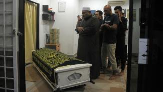 WNI di Malaysia salati jenazah Afridza Munandar