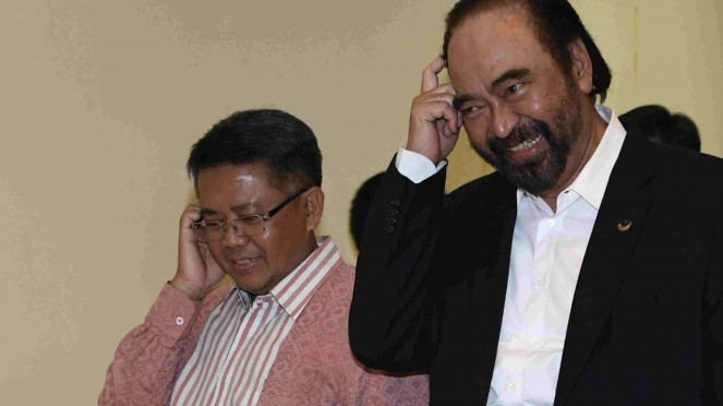 Ketum Nasdem Surya Paloh (kanan) bersama Presiden PKS Sohibul Iman (kiri)