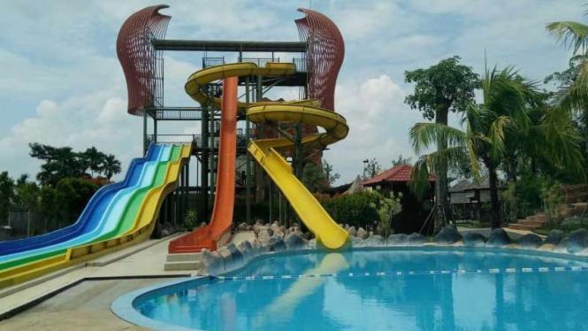 Paradis-Q Waterpark Qubu Resort