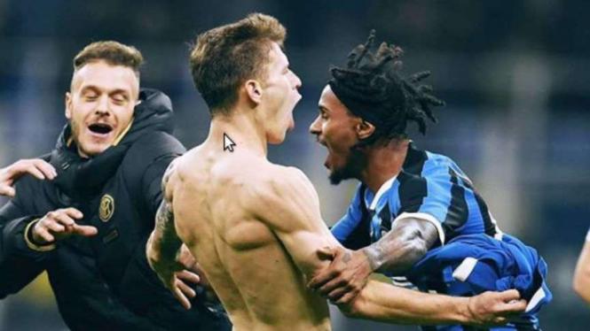 Nicolo Barella mencetak gol
