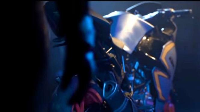 Cuplikan film City Night Ride Tambul.