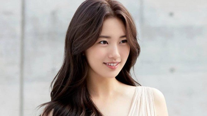 Bae Suzy.