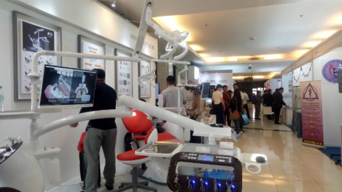 International Symposium Implant Dentistry VI di IICC Bogor