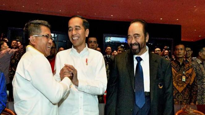Presiden Jokowi bersama Sohibul Iman dan Surya Paloh