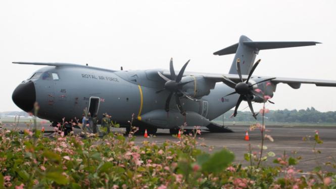 Melihat Canggihnya Pesawat AU Inggris A 400 M di Halim