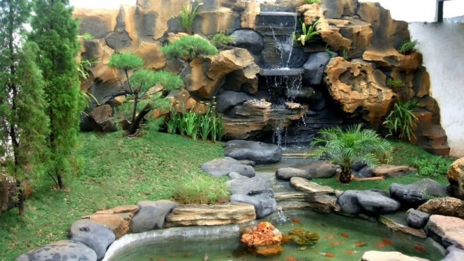 Taman Kolam Minimalis
