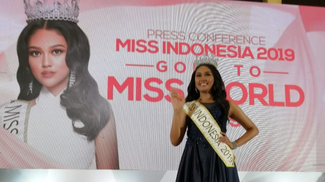 Miss Indonesia Princess Megonondo