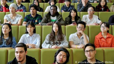 https://thumb.viva.co.id/media/frontend/thumbs3/2019/11/15/5dce61a95ed3c-jerman-perlu-lebih-banyak-mahasiswa-internasional_375_211.jpg