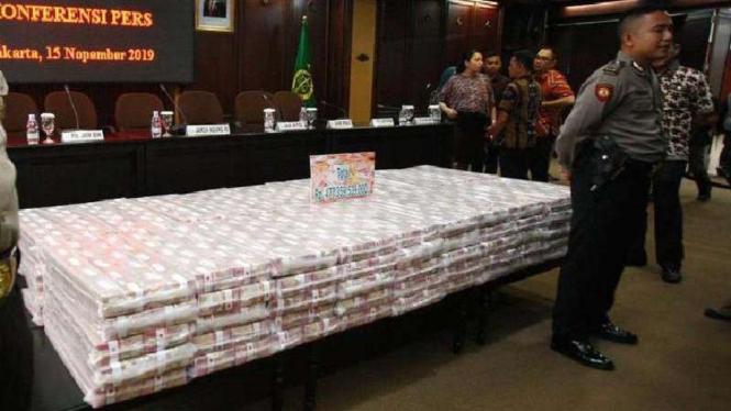 Kejaksaan Agung mengeksekusi barang bukti uang tunai sebesar Rp477.359.539.000.