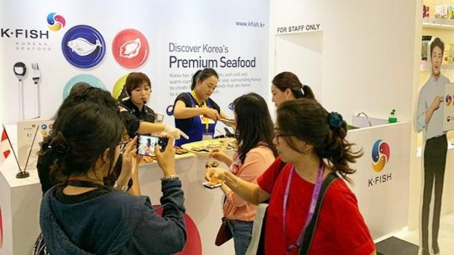 Demo masak di Booth K•FISH di SIAL Interfood 2019