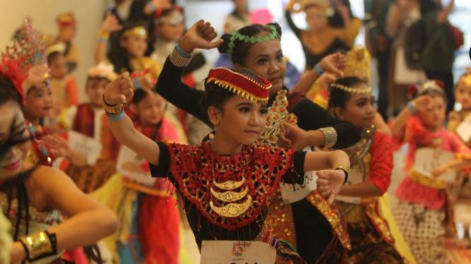 7000 Peserta Meriahkan Indonesia Menari 2019