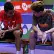 Anthony Ginting dan Lee Cheuk Yiu.