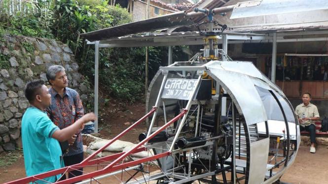 LAPAN mengunjungi helikopter rakitan warga Sukabumi, Jawa Barat.