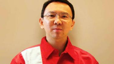 Foto rekaan Ahok menggunakan seragam petugas SPBU