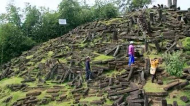 Misteri Yang Belum Terpecahkan Dalam Sejarah Indonesia