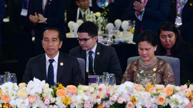 Presiden Joko Widodo dan Ibu Negara Iriana