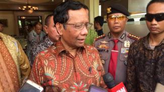 Menko Polhukam Mahfud MD, di Medan, Sumatera Utara, Selasa, 26 November 2019.