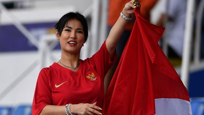 Maria Ozawa Kembali Dukung Timnas Indonesia U-22 Lawan Singapura